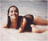 Claudine Auger Dont know of any nude pics yet ill look around. Foto 2 (������ ��� Dont ���� �� ������ ���� �� ��� ��������� �����������. ���� 2)